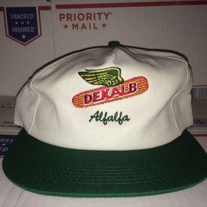 Dekalb Alfalfa Hat vintage Seed Crop Company Inc.